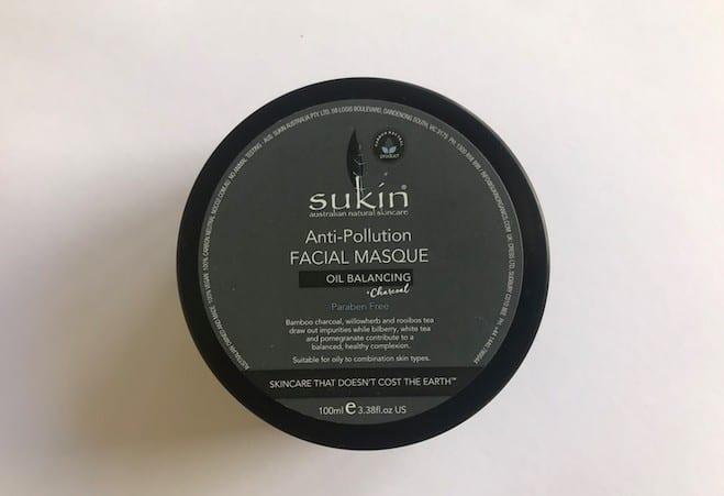 zdjęcie pudełka kosmetyków Sukin