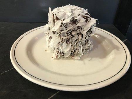 kuchnia australijska cukiernka kawałek lamingtona