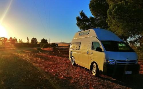 wypożyczalnia samochodów kamperów Australia